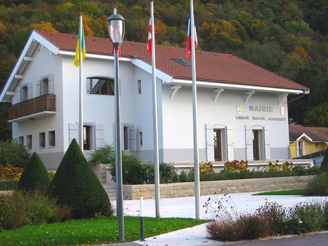 mairie etrembières